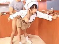 時間を止めてパン屋の巨乳店員さんを犯しまくる