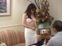 初めての風俗面接で全裸にされセックステストされるむっちり人妻