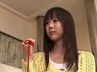 可愛い女子と赤い糸を使い体を入れ替え鏡の前でオナニーしてヨガリまくる