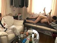 ミスかな○わがチャラ男二人組宅にお宅訪問してテンションに戸惑いながら全裸にされてハメられる