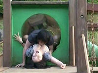 公園の遊具内で鬼畜男に襲われまんぐり返しされお漏らししながら犯されまくる色白巨尻女子大生