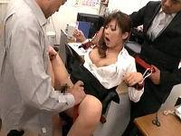拘束開脚椅子でむりやり股を開脚させられ思う存分マ○コいじられ犯されまくるむっちりミニスカ女教師