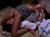 就寝中に友達のギャル彼女がこっそりパンツ脱ぎマ○コを顔に乗せチ○コ舐めて来たので射精してしまう