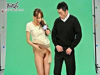 朝の情報番組でノーパン美人女子アナが体を張り生放送でセックスしまくる