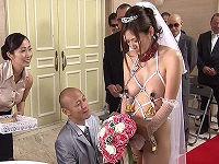 両親の借金返済のためいいなりとなり全裸より恥ずかしい屈辱的な格好で結婚式を挙げさせられハメられまくる美人花嫁