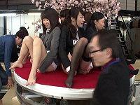 美マンと評価の高い女子社員6名がユーザーさんを接待しおま○こ花びら満開大公開、触り放題舐め放題されてハメられまくる