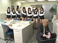 個人情報保護と称して女子社員のパンツをシュレッダー