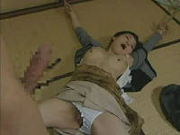 レイプ魔に縛られて犯されたい願望のある主婦