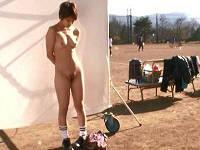 ショートカットのむっちりラクロスお姉さんと練習帰りのグラウンドで夕日を浴びながらセックスする