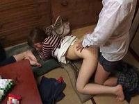 姉が寝た隙にさかりのついた姉の女友達がM字で股間を見せて来たので我慢出来ずにセックスする弟