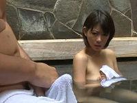 混浴露天風呂で偶然一緒になった美人お姉さんと世間話していたら乳首チラに発情し勃起したのでハメまくる