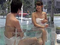 街中にMM号温泉を設置し友達同士の大学生男女に入浴してもらいお互い触り合いしてもらったら我慢出来ずセックスやりだす