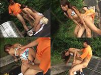 公園のベンチでパンツの脇から挿入されるビキニお姉さん