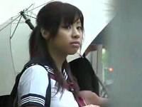 通学バス内で痴漢集団に鬼畜レイプされる女子校生